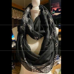 Infinity scarf with silver accents